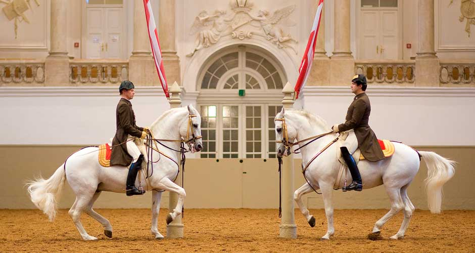 spanish-riding-school-vienna_940x500