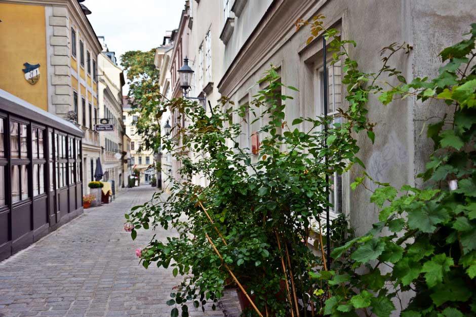 spittelberg-vienna-narrow-streets_940x626