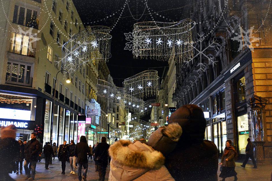 christmas-lights-vienna-kaernternstrasse_940x460