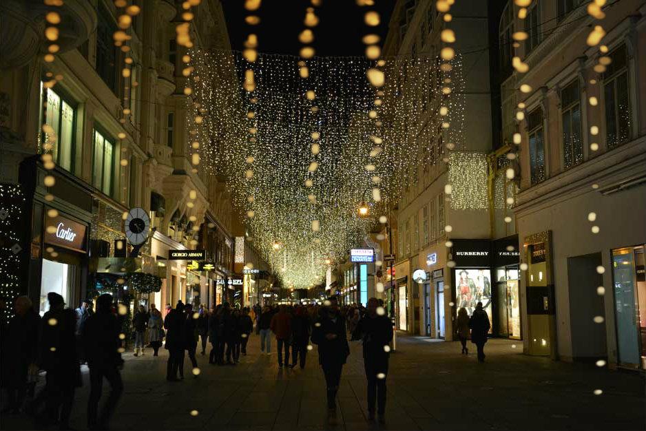 christmas-lights-vienna-kohlmarkt_940x626