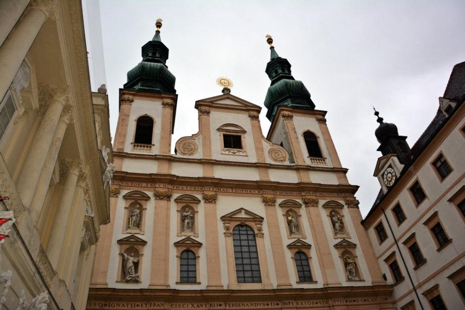 jesuiten-kirche-vienna-exterior_940x626