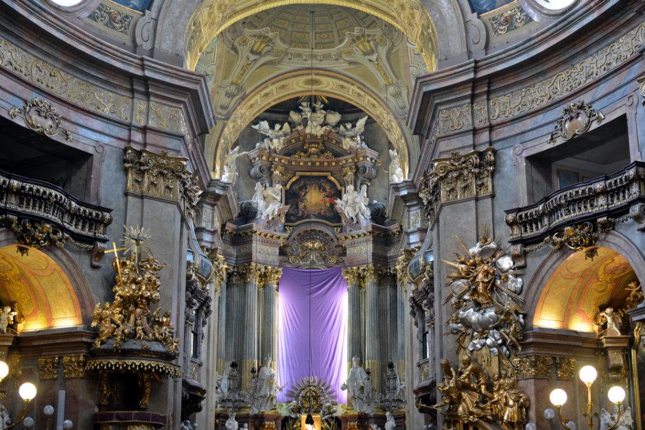 peters-church-vienna-baroque-interior_940x626